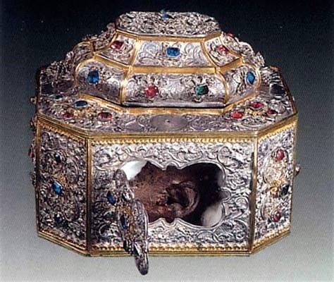 Capul Sfantului Ioan Gura de Aur