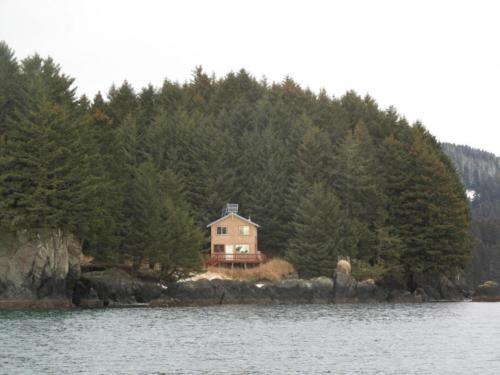 nilus-island-trapeza
